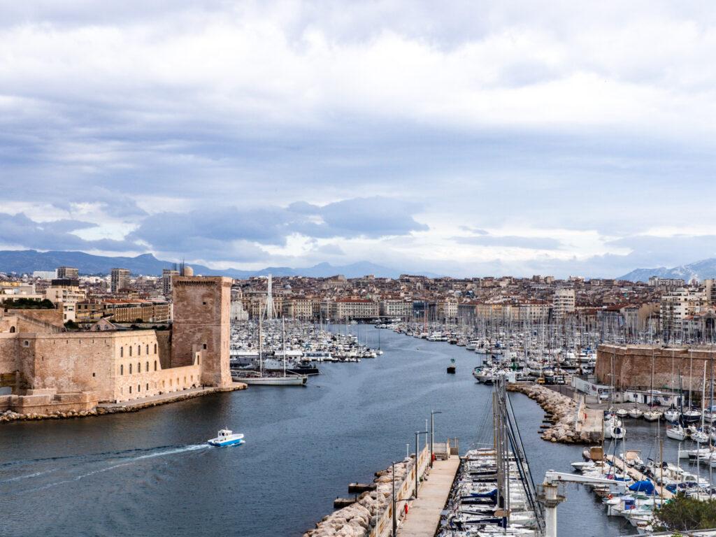Viewpoints in Marseille: Palais du Pharo